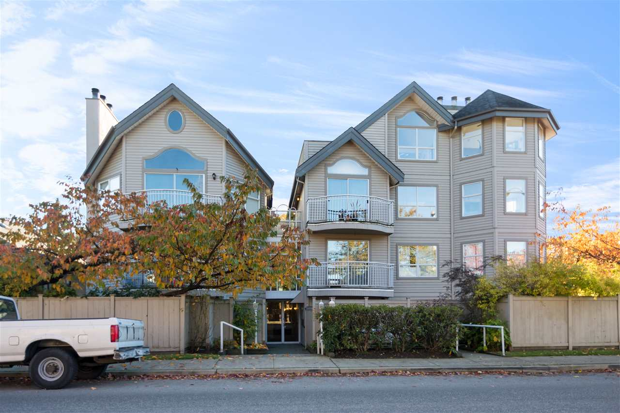 Open House Saturday, Nov 25th 12-2 pm. First time home buyer alert! Rarely available 1 bedroom condo located in Cambie Village. This spacious unit with functional layout offering open living space, parking, storage locker, in-suite laundry, and new floor. The huge private patio space is great for you to relax and BBQ with your friends. Walking distance to Canada Line, bus stop, shoppers, restaurants & Cambie shopping district. Call now for more information and book your private showing!