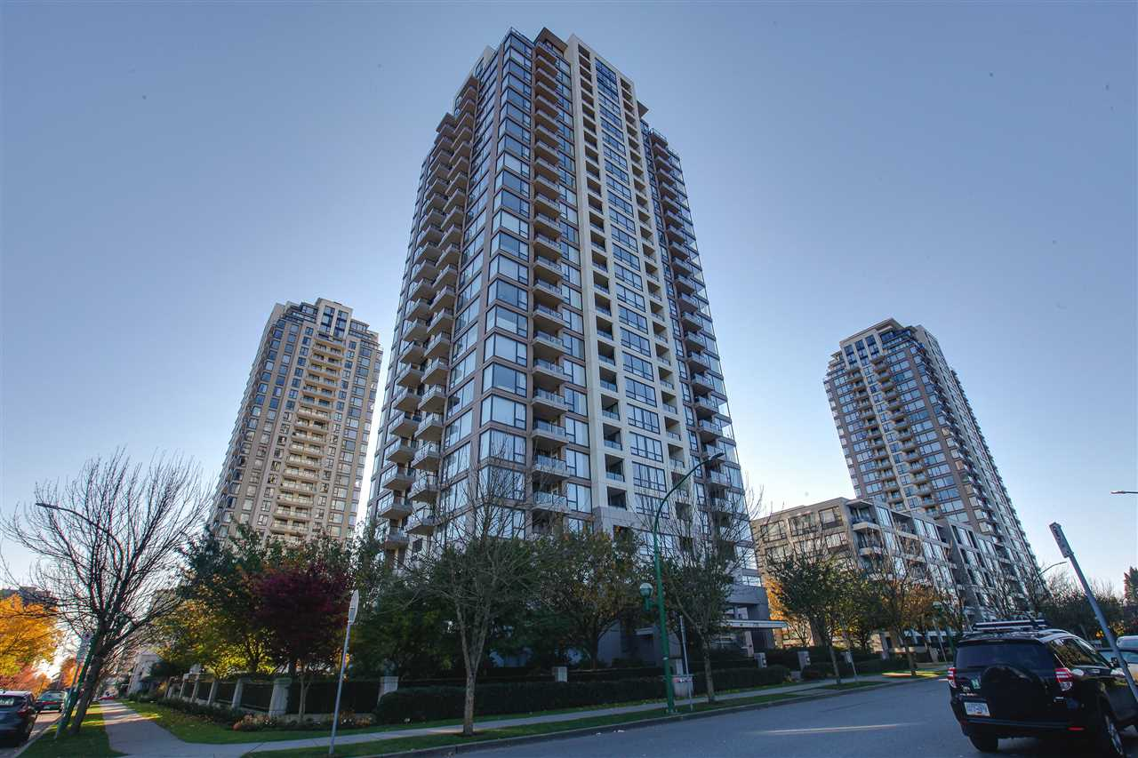 """""""Arcadia"""" Quality built by BOSA at High Gate Village! This quiet Corner unit with a large den has Fantastic view of North Shore and Metrotown. Northwest exposure with two balconies allow you to see almost the entire city. New Laminate floor, new painting, new lighting, and new curtains are just brought into the house. Super convenience location, few blocks to Save-on-Foods, community center, school, transit, and every thing you need! A must see unit! Open House: November 18&19 2-4PM."""