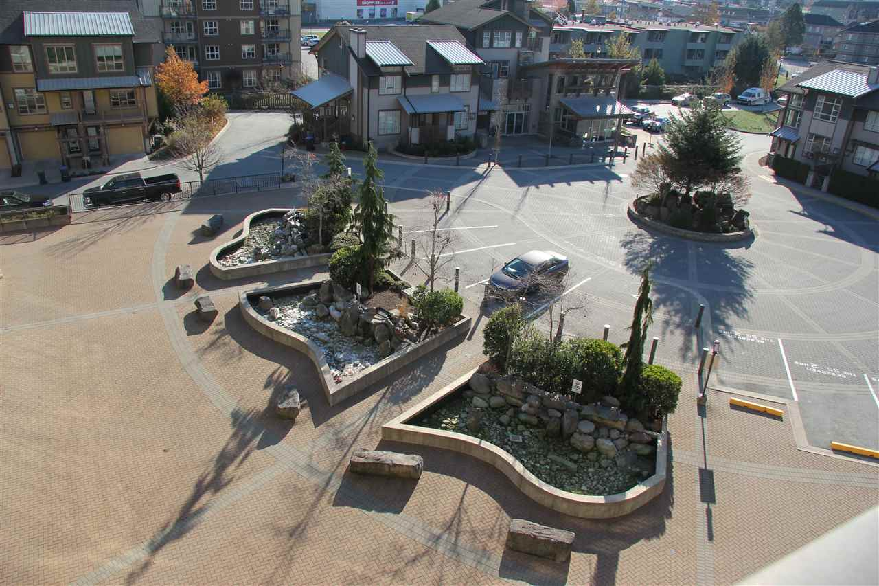 Unobstructed views of the Squamish Chief and Downtown hub from this sprawling top floor home is just breathtaking. Spacious ensuite bedrooms on either side separated by kitchen and living area in the middle makes this an ideal layout for added privacy. Open concept, granite countertops, gas fireplace, large balcony, large windows, gas included in strata fee, mailbox on premises, 2 underground parking spots, external storage and a minute walk to the best of Downtown Squamish are some of the fantastic perks awaiting its new owner. Great investment or live in opportunity in this thriving town. Call listing agent to view.