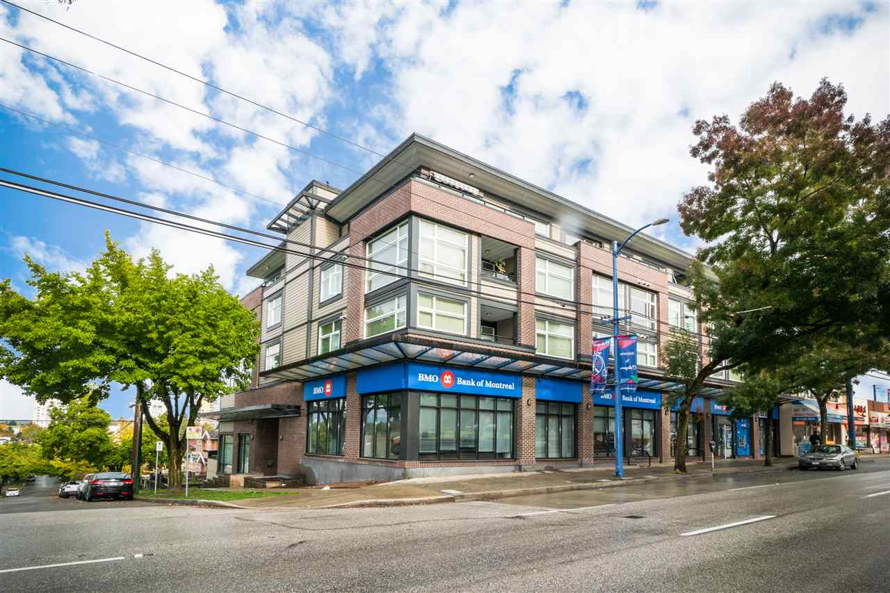 PERFECT LOCATION!! Walk to Joyce Skytrain Station, bus stops, shopping malls, groceries, restaurants, school, bank etc. Two bed rooms unit in the corner unit with spacious living room area.  Openhouse on Nov18-19 Sat & Sun 2-4PM