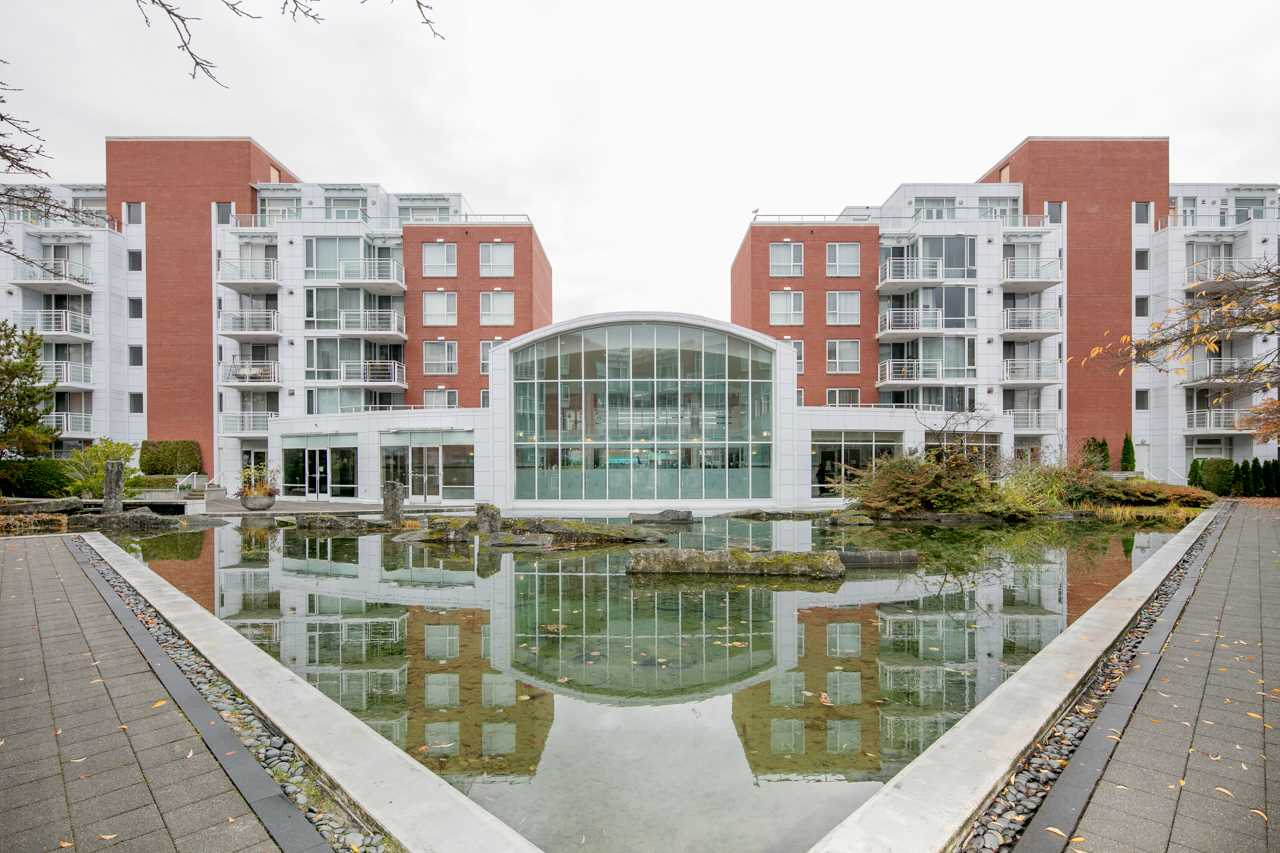 Best desirable center location in van west area. Spacious and functional 2beds & 2baths unit at Fairchild Court, with 1060 Sf living space, quite unit facing Oakridge mall. Recently renovated, new kitchen with hardwood cabinet, Marble counter-tops, Italian top brand appliances, new hardwood floor, new bathroom, fresh paint, new blinds and drapes. Great amenities include concierge, full size pool, hot tub, sauna, gym and game room. Easy access to Oakridge Mall, Safeway, Skytrain&Bus station, and close to  QE Park, Langara College & Golf Course. School Catchment: Jamieson Elementary & Eric Hamber Secondary. Call us to book private showing now.
