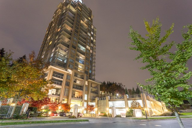 Top 5 Reasons this condo is perfect for you:  1- Pride in ownership - This is your opportunity to reside in the award winning Victoria Hill development.�  2 - Lovely Gourmet Kitchen - Contains all the bells and whistles w/granite countertops, gas range stove, s/s appliances.  3) Centrally Located - With quick and easy access to shopping, restaurants, Royal Columbian Hospital, Sky Train, transit at your doorstep, Douglas College, Queens Park, and highly desirable and quickly expanding New Westminster.   4) Luxurious Amenities - This building includes a state of the art gym, guest suite, media room & club house.  5) Quick Possession Available - A perfect opportunity to get into the market prior to January 1st mortgage rule change.