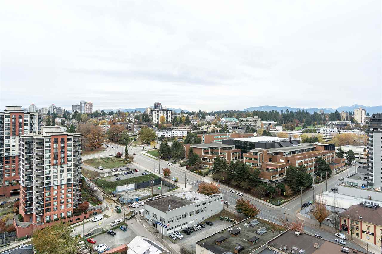 Welcome to one of the most sought condo in New Westminster. This fabulous 28th floor two bedroom, two bathroom 812 square foot condo offers everything you need and want. You will enjoy breathtaking views from your living and master bedroom, your second bedroom and your oversized deck. A spacious kitchen offers stainless steel appliance and granite counter tops. Amenities include multiple common rooms, a fitness room, a steam room/sauna, and a outdoor green space. This amazing building also offers direct access to the SkyTrain and bus loop from its elevators as well as direct access to a shopping center. OPEN HOUSE Nov 18, 2-4pm