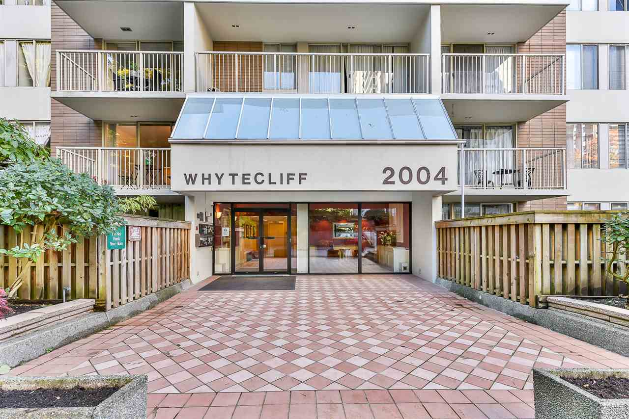 Don`t miss this private and great two bedroom unit in Whytecliff building.  Indoor swimming pool, jacuzzi, sauna and exersice center below the building.  Absolutly no rental restriction and its good for investment. It`s located within a very secure and family oriented complex with 24 hour security.  Open house November 25&26 (2-4pm) Easy to show.