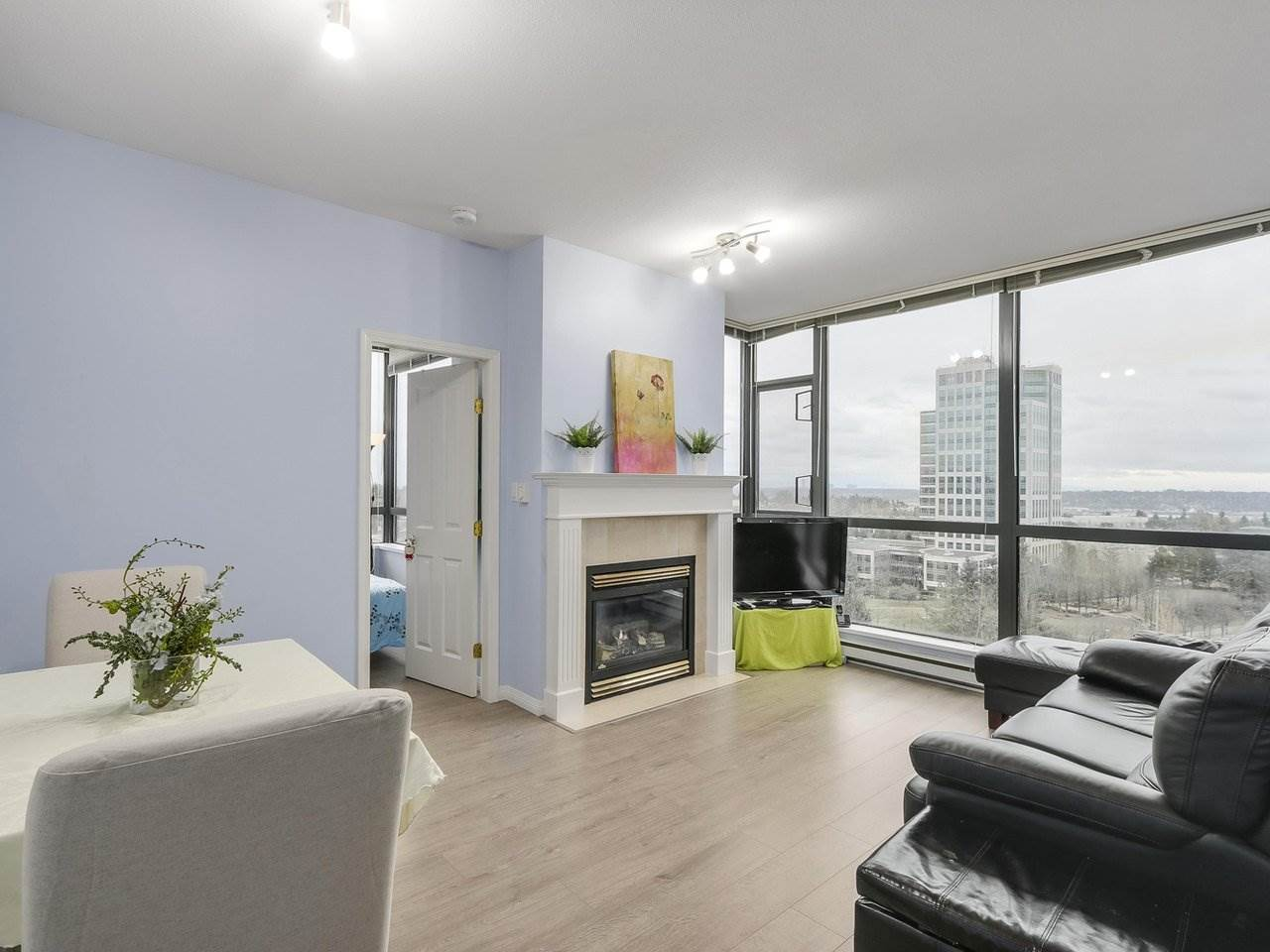 Beautiful 2 bedroom suite in City In The Park! Best view with South East view of NS mountains, river and garden. Bright corner unit with lots of natural light throughout the day. Separate kitchen with access to the balcony. Spacious Master bedroom. Special features: upgraded laminate floor in living room and 2nd bedroom; comes with a cozy fireplace; includes 1 locker and 1 parking; 9' ceiling height ; an extra eating area in kitchen. Great resort style amenities: indoor pool, guest suite, pool table, sauna, hot tub, library, lounge & theatre. Only a few minutes walk to Skytrain, bus loop, parks, Taylor Park Elementary, Byrne Park High School & Daycare Centre. Lots of recent building upgrades: new carpet, new paint, fire alarm panel. Open house Sunday Dec 10 2-4pm