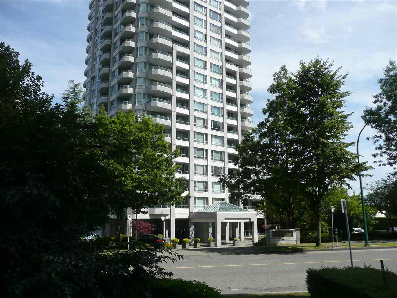"""""""Heart of Metrotown"""" """"PENTHOUSE"""" Fully Rainscreened, updated with new roof, exterior doors, windows, balconies, pipes, pumps, boilers, hallways and warranty. South West exposure corner unit with a phenomenal view of Mount Baker, Ocean, mnts, Stanley Park & Metrotown City lights. Large spacious appro 500 Sq Ft wrap-around balcony, inside storage, gas fireplace, some 9' ceilings, insuite laundry, large kitchen with eating area. Great recreation facilities, gym, pool, Jaccuzzi. Central location, walk to Metrotown, Crystal Mall, Skytrain and schools. Buyer must verify measurements. Quick possession. Open House Sunday Jan 21, 2018, 2 to 4 PM."""