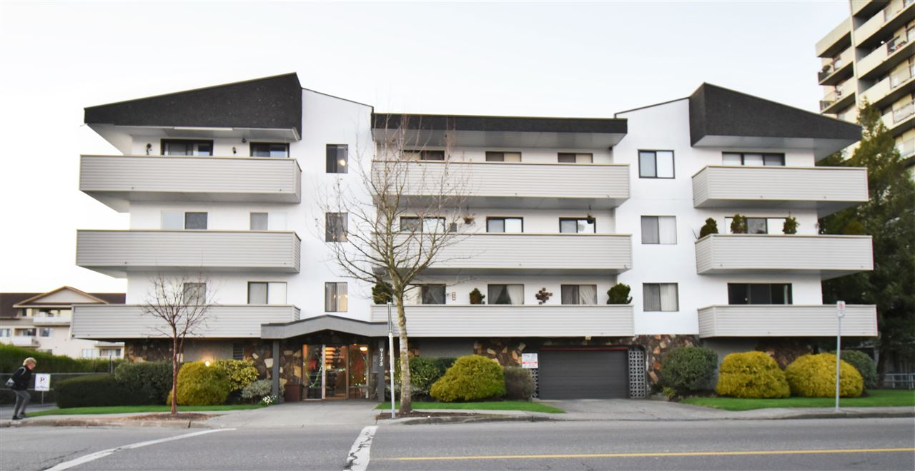 Well maintained private north facing spacious 1 bedroom with fantastic mountain views. Age restricted 55+ years, no pets, no rentals. Well run building. Located in the heart of Chilliwack. Hospital, library, fitness centre, cultural centre, restaurants, shopping, Dr office, pharmacies, grocery stores, everything you need with in walking distance. If you are looking for a safe, secure, low maintenance home this the home for you. Secure under building parking plus bus transit available. Self contained secure storage locker. Suite furniture can remain in home. Priced to sell.