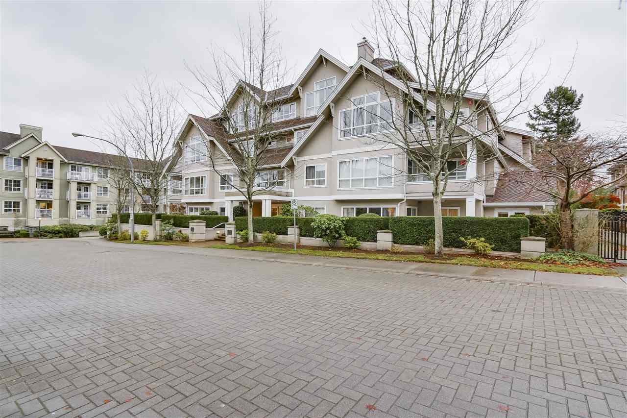 "FABULOUS CARL JENSON built complex in a prime location just minutes from Tsawwassen Mall, Thrifty foods, shopping, library and public transit. This spacious 1320sf 2 bedroom 2 bath bright and sunny corner suite in ""The Shaughnessy"" features radiant hot water heat, a large deck overlooking Highland Park, new carpet, h/wd laminate flooring, large rooms, cozy gas f/p and more... Strata fees includes gas, hot water, heat, etc. Well maintained complex has newer roof, vinyl windows, repiping, new paint and carpet in hallways. Nothing to do... just move in and enjoy."