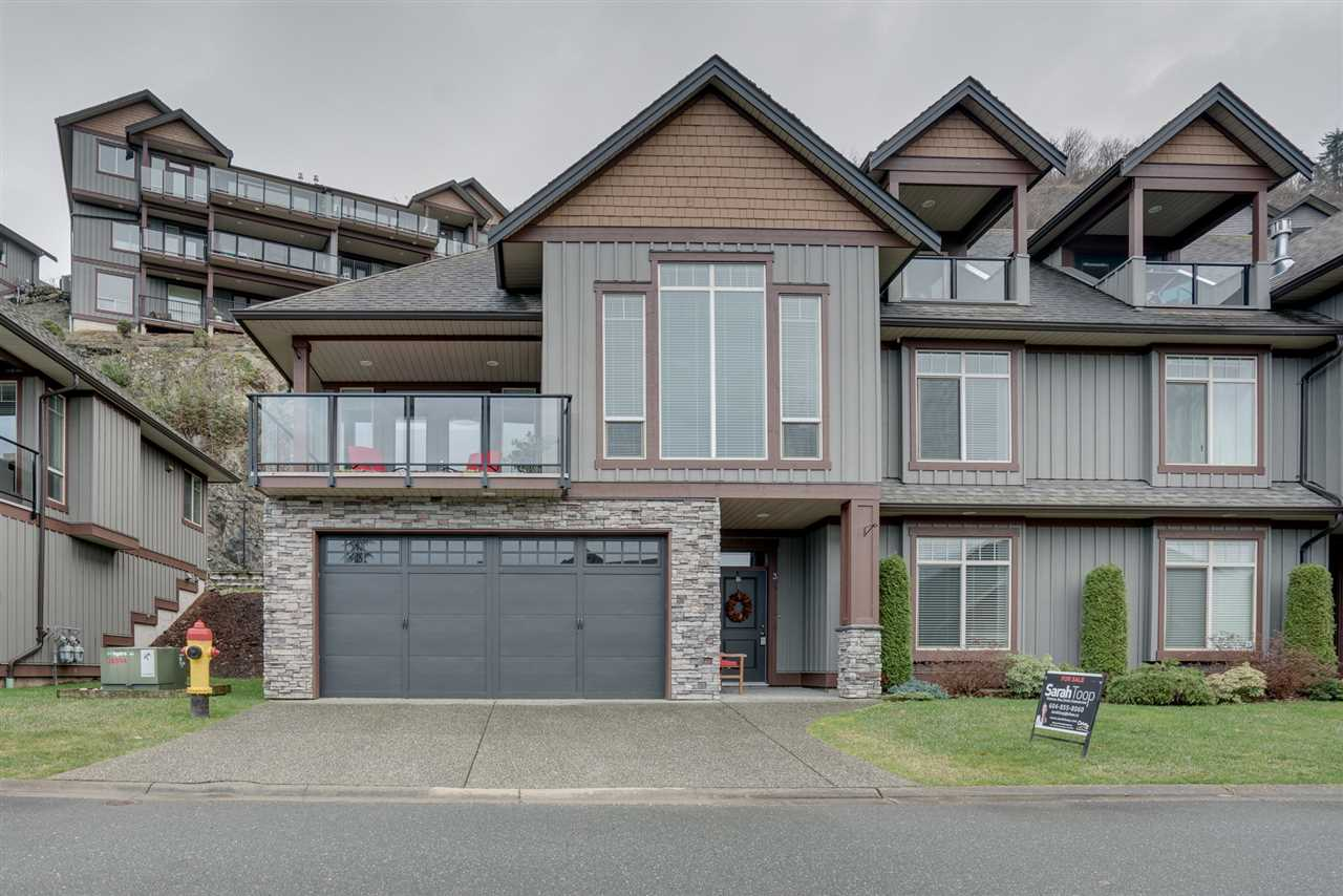 AMAZING RIVER VIEWS! This STUNNING fully loaded END UNIT @ Retriever Ridge is THE PLACE to call HOME. Located in a very desirable area w/ minimal traffic & a nice FLAT driveway, you can take in the views & enjoy PEACE & PRIVACY! Main floor feat. great room w/ vaulted ceilings, floor to ceiling windows, rock faced gas f/p, & hardwood flooring. Open concept kitchen w/ granite counters, SS appliances w/ GAS RANGE, & an oversized w.i. pantry! Adjacent dining area w/ french doors lead out to a massive COVERED view patio. Master on the main w/ full ensuite w/ soaker tub and w.i. shower. Entry level feat. tiled foyer, large laundry room, media room, & 3rd bdrm. HUGE 22' deep DOUBLE garage, AC, b.i. vac, & MORE. CALL TODAY!