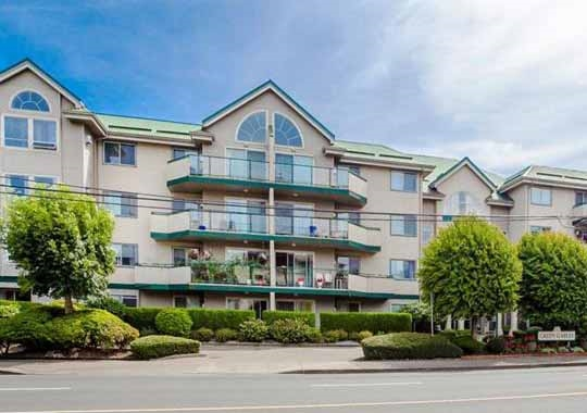 2bd/2bath ground floor unit - Hardwood and tile floors, this large 1117sf unit used to be the show suite! The dining room is large enough for your dining suite, or can be used as a den. Large laundry room has loads of extra storage plus a storage locker downstairs. 25+ building, great location for the commuter with easy freeway access. South facing patio is great for soaking in the sun with a good book - Tons of visitor parking! No dogs - cats ok