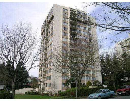 First time buyers and investors Alert! Location! location! Next to Highgate Mall, Edmonds Skytrain, Schools, Public Library & Community centre. 1 underground parking + 1 locker.