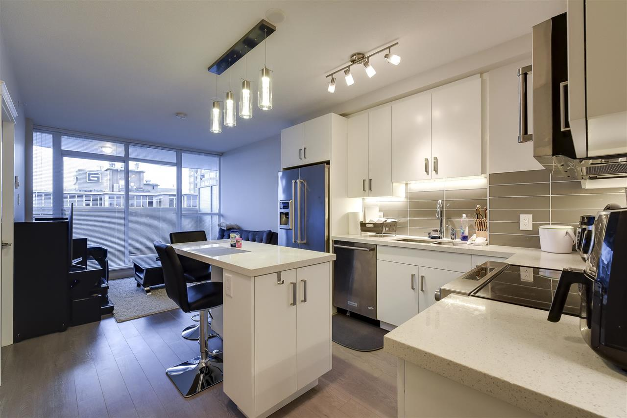 Delta's only high-rise with one of a kind unobstructed views! This large Efficient floorplan boasts 2 bedrooms and 1 bathroom with a generous covered balcony, extending your living space. Featuring a kitchen with top-of-the-line stainless Kitchen-Aid appliances, quartz counters, LED under counter lighting and loads of storage. Floor-to-ceiling windows maximize natural light. Over 1/2 acre of amenity space featuring community gardens, playground, BBQ, fire pit, putting green, fitness centre and much much more. Centrally located just steps away from shopping, restaurants and transportation.