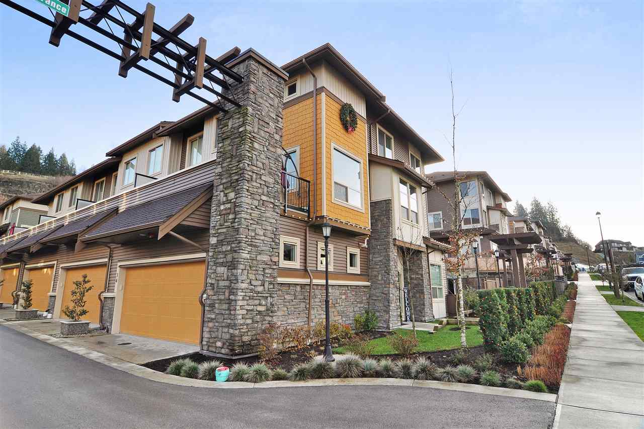 """The Terraces II"" Deluxe double side by side garage townhomes with yards and sun decks. Features maple or white kitchen with quartz counter tops and soft close drawers, island and stainless steel appliance package, built in microwave, laminate floors, fireplace, 9 ft main floor ceilings, pot lights, crown mouldings, french doors, 2 inch faux wood blinds, 2-5-10 year warranty. Open house Sat-Wed (Feb 3-7) 12-4 @ #35"