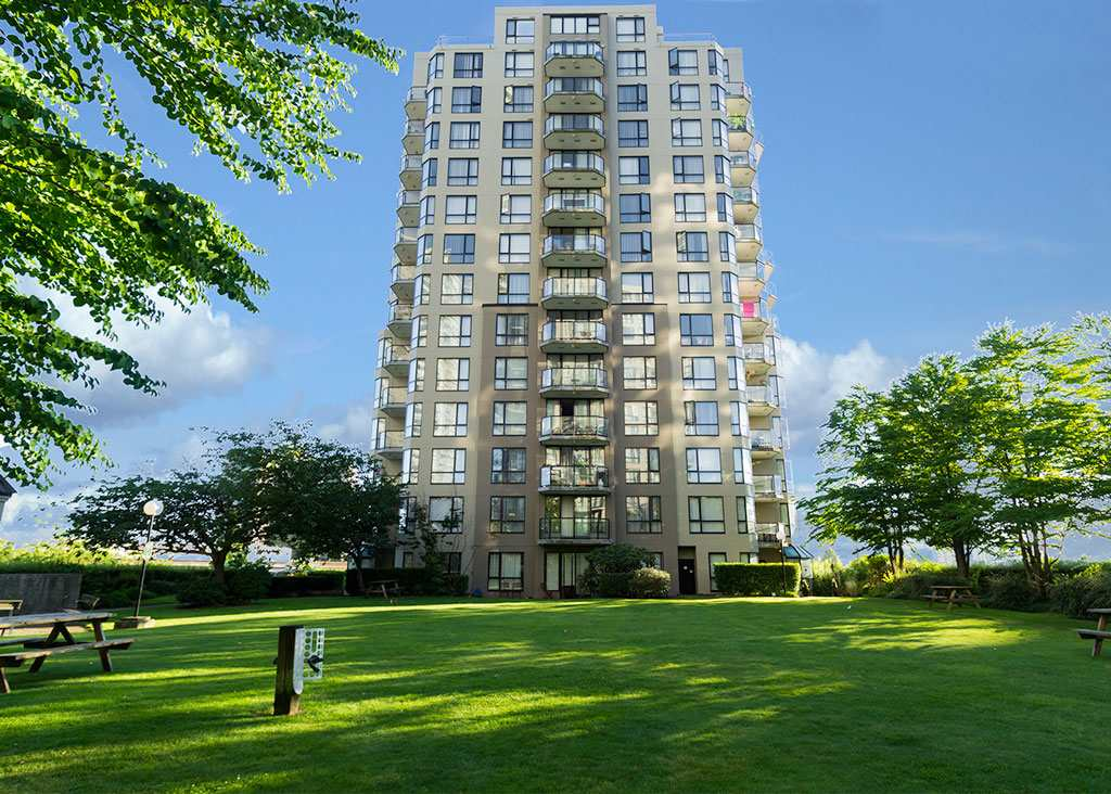 Great Opportunity to own this condo in a building centrally located in Downtown New Westminster, walking distance to everything. New West Skytrain station is located across from the building. Condo is greatly laid out, two bedrooms with two ensuites, two secured parking stalls. Great for first time home buyers and investment. Open house Jan 28th 12pm to 2pm.