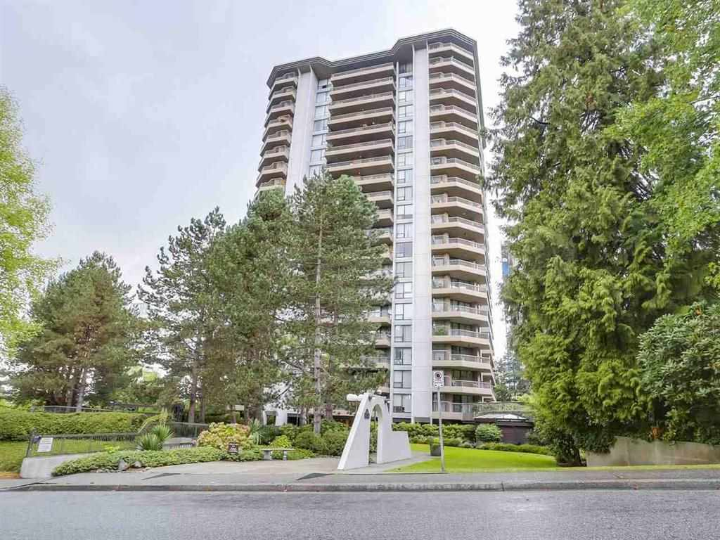 Step inside this bright, and spacious 2 bedroom, 1 bath sub-penthouse with amazing unobstructed city and mountain views conveniently located in the Brentwood Mall area and minutes to skytrain. Features include: tiled entry & bath, laminate floors thru-out, stainless steel appliances, sliders from 3 rooms to a 225sqft balcony, spectacular sunsets on the 21st floor! (Great for BBQs and entertaining). Fitness room, tennis courts, outdoor pool and coffee shop is just around the corner. Pets & Rentals w/restrictions. Pleasure to show.