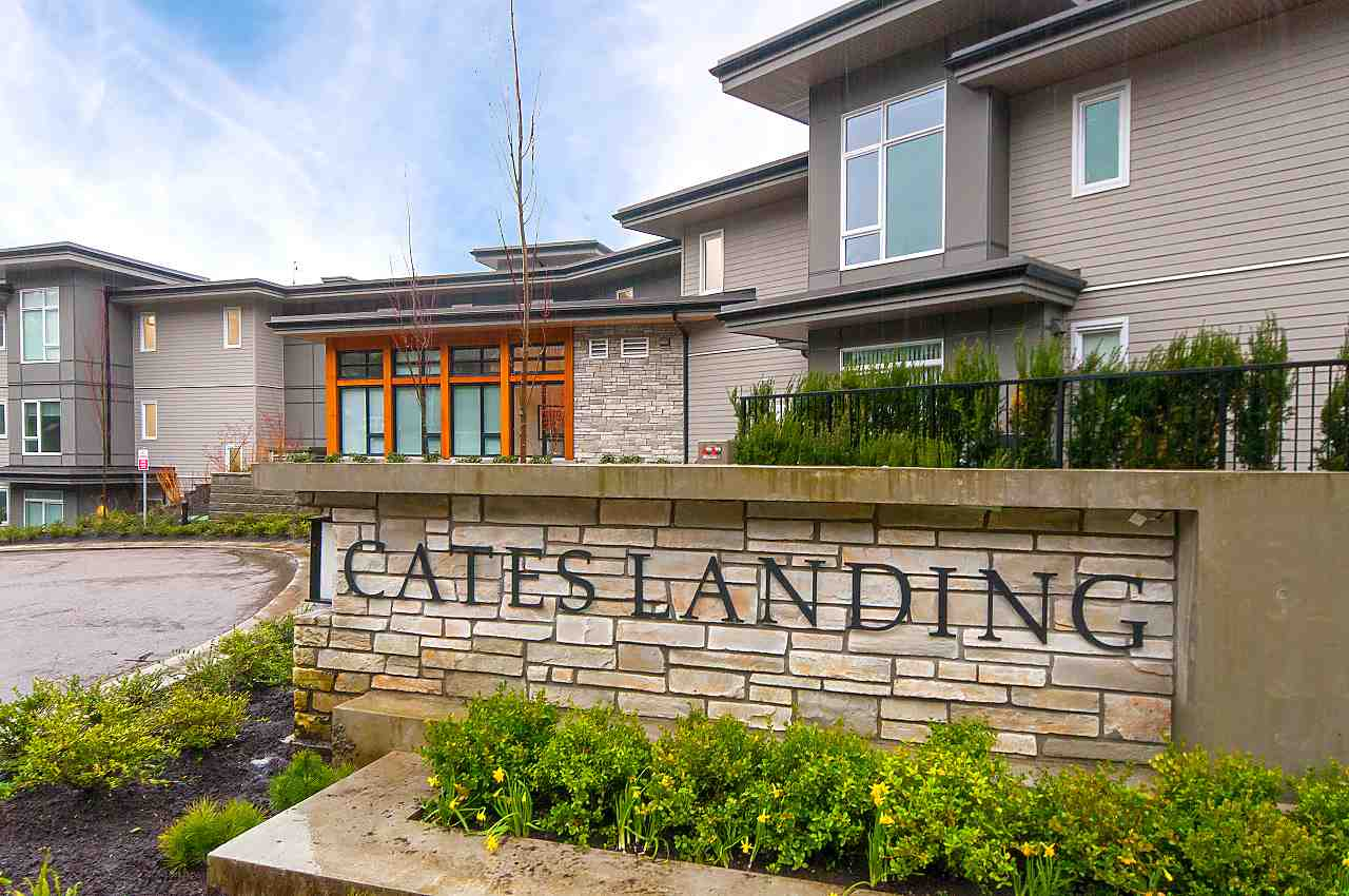 Cates Landing! New luxury waterfront community. South facing 2 bdrm/2 bath home w/EXTRA LARGE ENTERTAINMENT SIZE south facing 330 sf DECK w/gas hookup for BBQ. 2 side by side pkg spots. Storage locker. Great light. ABOVE GROUND w/great flr plan. Open plan living/dining/kitchen w/gas stove & island. Beautiful finishings. Top of the line appliances. Spa-inspired ensuite baths. Radiant in-floor heat. 9 ft ceilings. Bdrms separated. Xtra large 2nd bdrm w/2 closets & semi-ensuite. Amenities: gym, guest suite, kayak & bike storage, dog grooming room, on-site caretaker. Pet friendly. FREEHOLD STRATA. Brand new in sold out Cates Landing, never lived in. Incredible lifestyle location ? steps to Cates park, min to shops/restaurants/transit/Deep Cove Village.