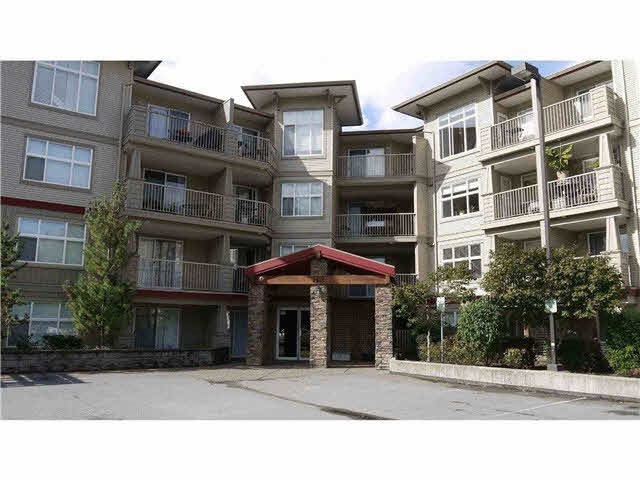 Attention 1st time buyers/investors! 2 bdrm + 2 bathrm corner view suite.Open floor concept with laminate flooring, Fireplace, Master bdrm w/full en-suite bath, in suite laundry, balcony & 2 secure parking stalls. No rental restrictions. Located within minutes of the city centre and on bus route.