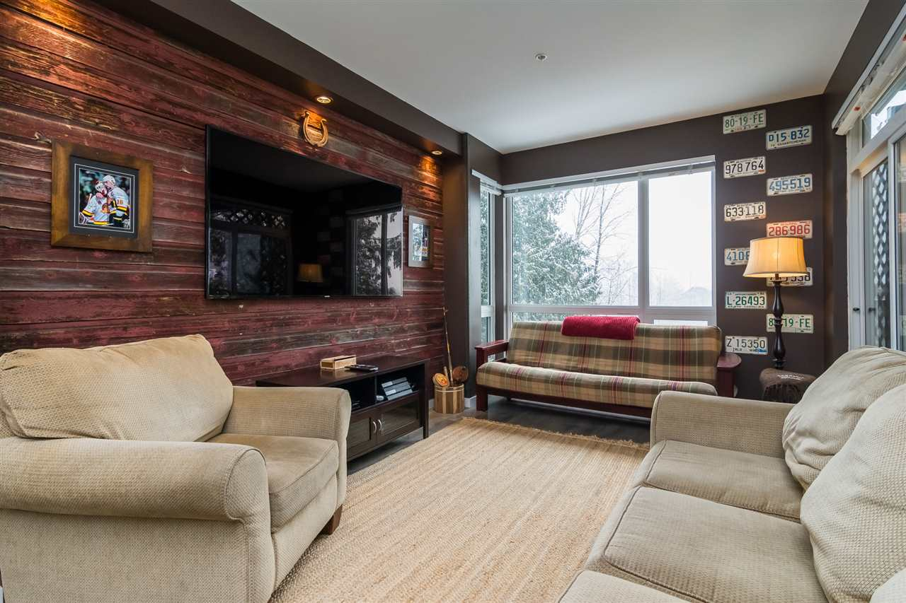 100% UNIQUE & IMMACULATE!! This 2 bed / 2 bath East Abbotsford condo is located in the sought after WATERLEAF and is absolutely stunning! Even though the unit is only 2 years old with high end finishings, it also comes with lots of extremely stylish updates that truly speak for themselves! From a gorgeous barn wall in the living room, very tastefully updated bathroom and a one of a kind eating bar, this spectacular unit is a MUST SEE! In addition, the private balcony has a breathtaking view of Mount Baker! The amenities include a pool, hot tub, gym and outdoor BBQ area. Perfectly situated close to Hwy 1, schools, shopping and restaurants. You have to see this one for yourself, please call today to book your own private showing!