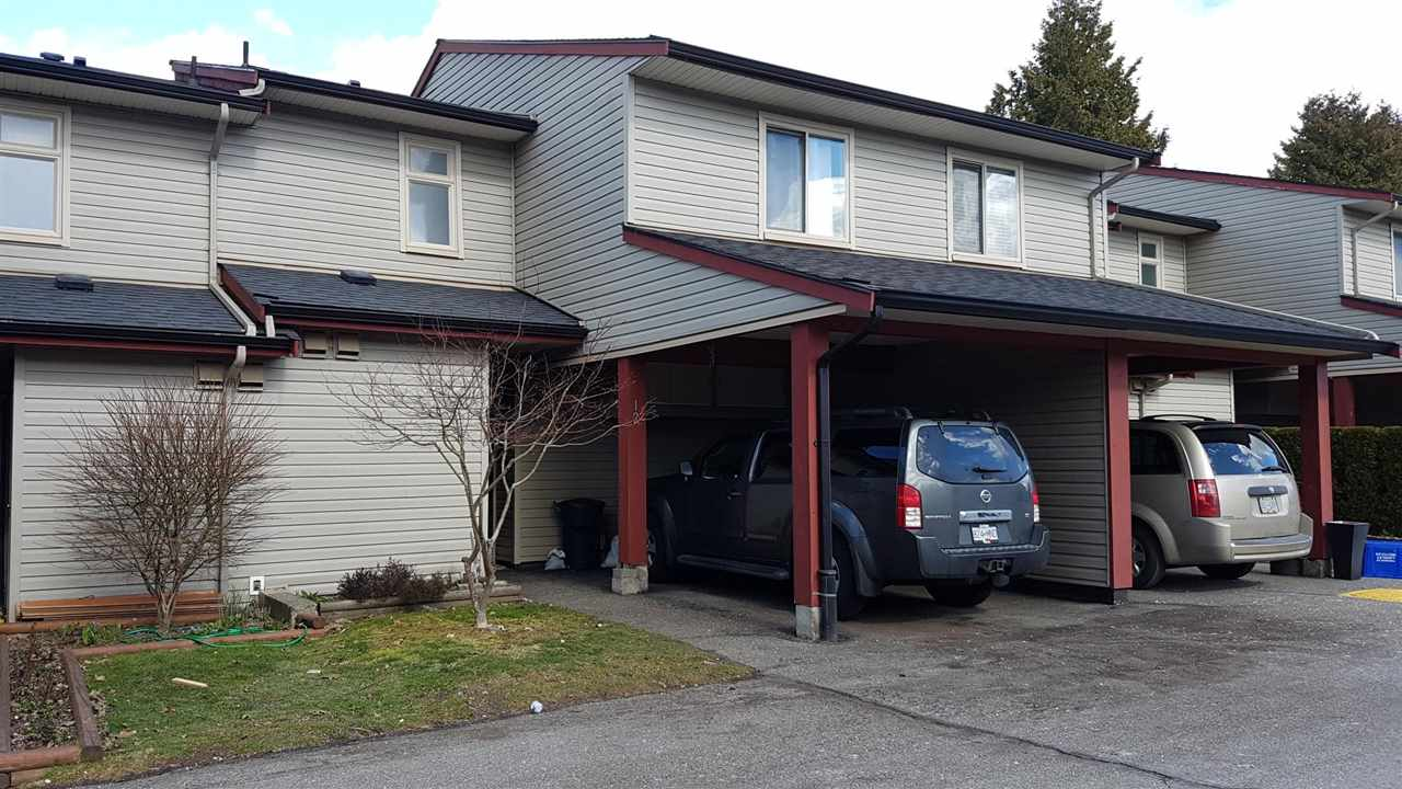 Great Family Complex in Cedar Park Estates and well Managed. 3 Bdrm Townhouse with 2 Bathroom located in Aldergrove near schools, shopping and recreation.. Strata fees very reasonable. Play area on site.