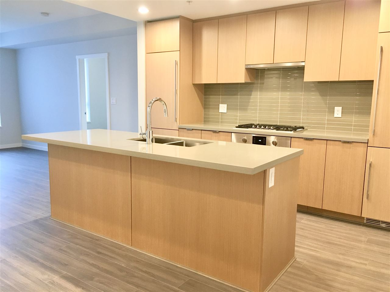 Concrete Corner North Facing Brand New 1086 Sq Ft Unit, GST Paid. 3 Bedrooms