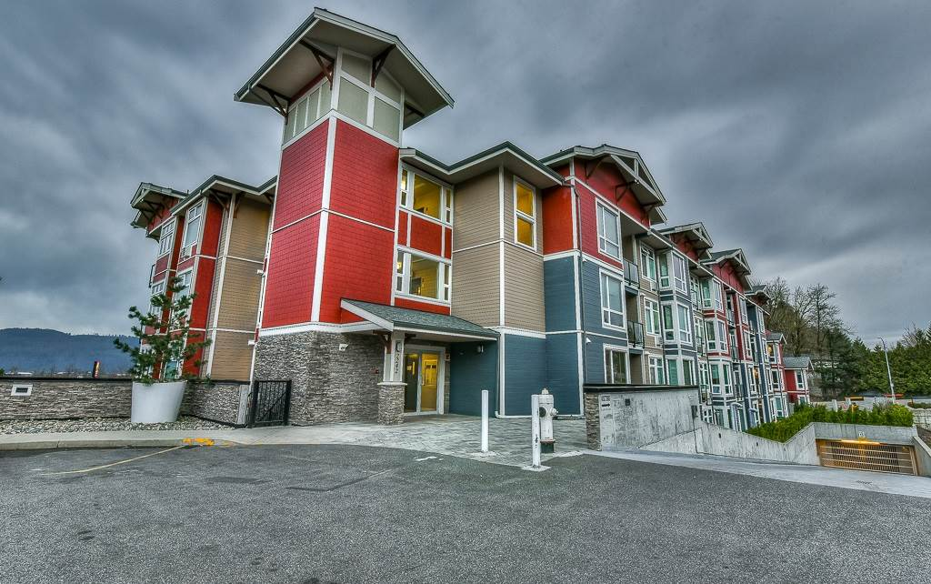 """Are you a millennial looking to get into the market? Investor? Here's your opportunity. Centrally located in East Abbotsford, The """"Waterleaf"""" offers high end luxury living. Large Master Bedroom for your king sized bed. S/S appliances, granite counters, soaker tub, walk in closet has built in drawers. So much quality that even the rec room has S/S kitchen & large HD TV, etc. Large upscale gym, outdoor pool, BBQ area, and in-suite laundry. Close to all amenities. Steps to shopping and Save-On-Foods, Starbucks, etc. Just minutes from Highway 1 for easy freeway access. This particular unit has upgraded kitchen appliances. Act fast, opportunity knocks."""