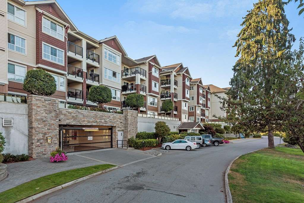 Do you love amazing views? Maybe you like to play golf? Want to be close to shopping and transit? This rarely available upper unit at Fairways has it all! Gorgeous 2 bdrm + den (potential for 3rd bedroom), 1300+ sqft overlooks the presteine Meadow Gardens golf club with breathtaking mountain views. Spacious, open layout features, granite counters, large island & s/s appliances. Large living room & big covered deck you can use all year round. Bonus deck off the den! Bright master bdrm w/5 pce ensuite. Enjoy the clubhouse & exercise centre, and walk to shopping and transportation. 2 oversized parking stalls plus storage locker. Call your realtor today to book a private showing!