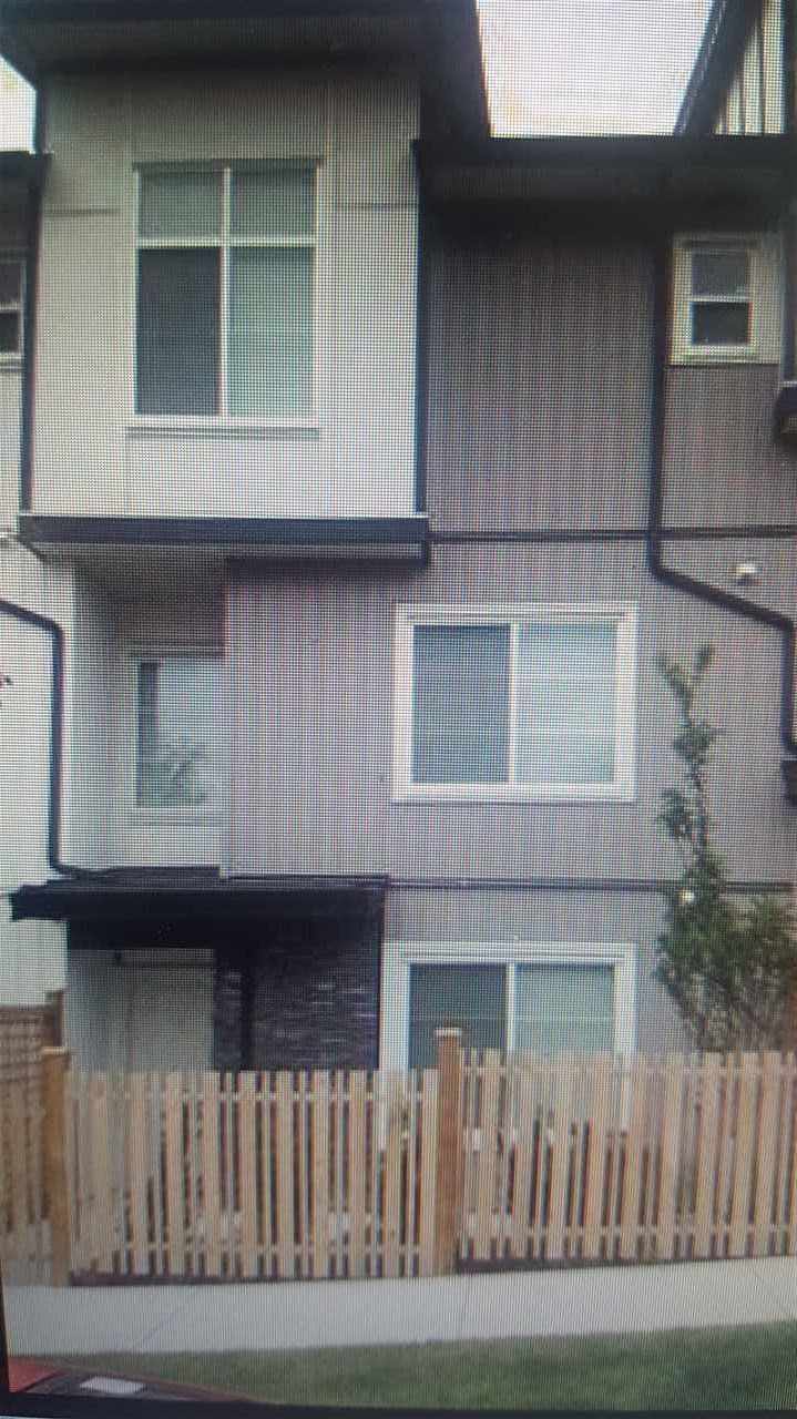PANORAMA MEWS - Just few months old - NO GST> Executive town house - 4 bedroom with 3.5 washroom - downstairs bedroom with 3 piece washroom. Close to school/transit 2-5-10 year warranty.