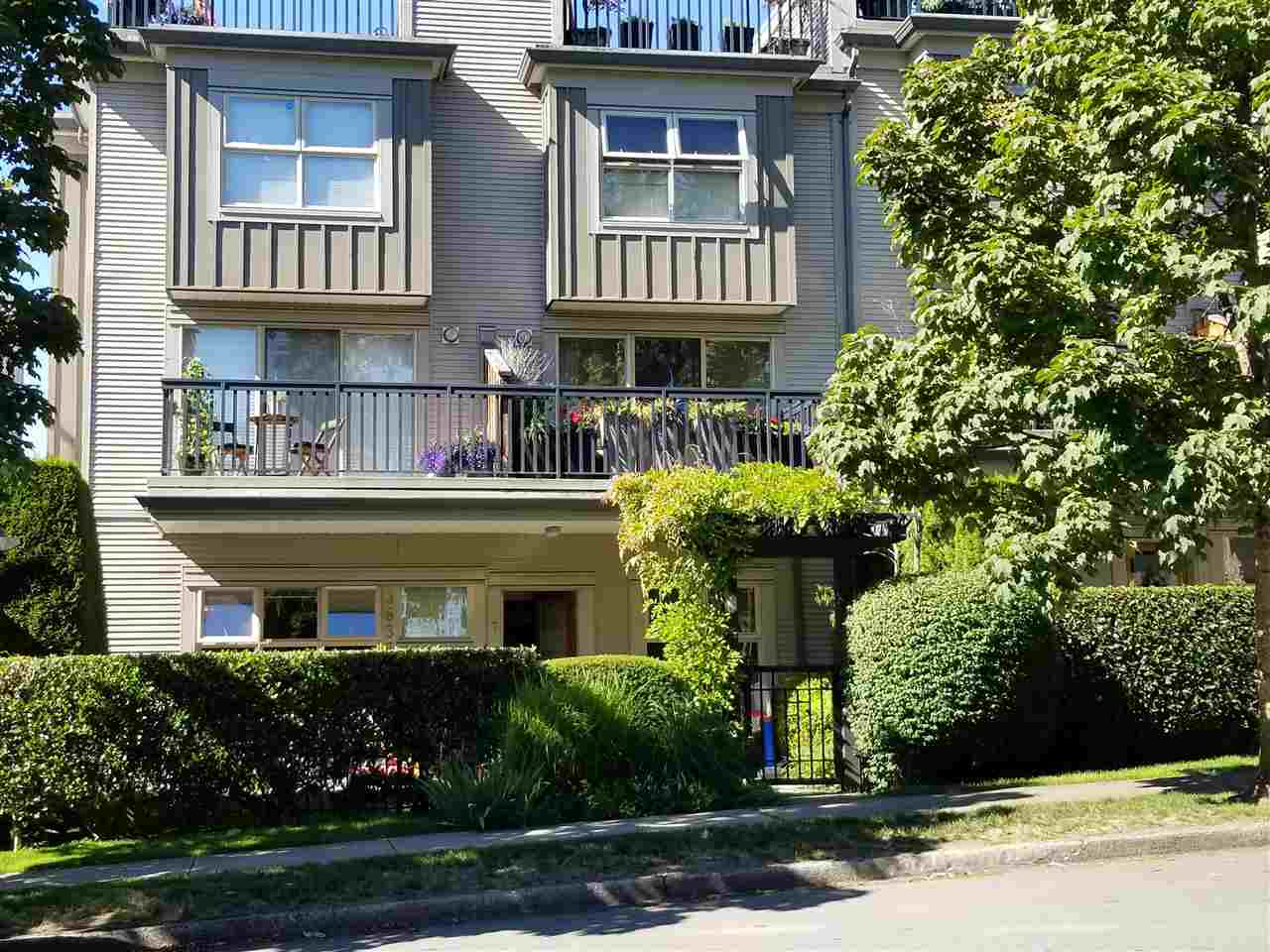 """Desirable garden level unit at Altura. This gorgeous 2 bedroom, 2 bathroom home has it all: Open-plan living/dining, overheight ceilings throughout. House sized kitchen with eating nook, plenty of cabinetry & counter space, 2 huge patio in front and back with separate entrance. This home feels like a house with spacious rooms & a fully fenced yard & garden. If needed, you can easily convert dining area into the 3rd bedroom. Located in """"The Heights"""" - You can walk to almost everything, like the park, bank, post office, grocery stores, coffee shops, schools & community centre. Downtown is just 15 minutes away. This home also comes with secure underground parking & a large storage locker. For appt please Touchbase or Text Helen"""
