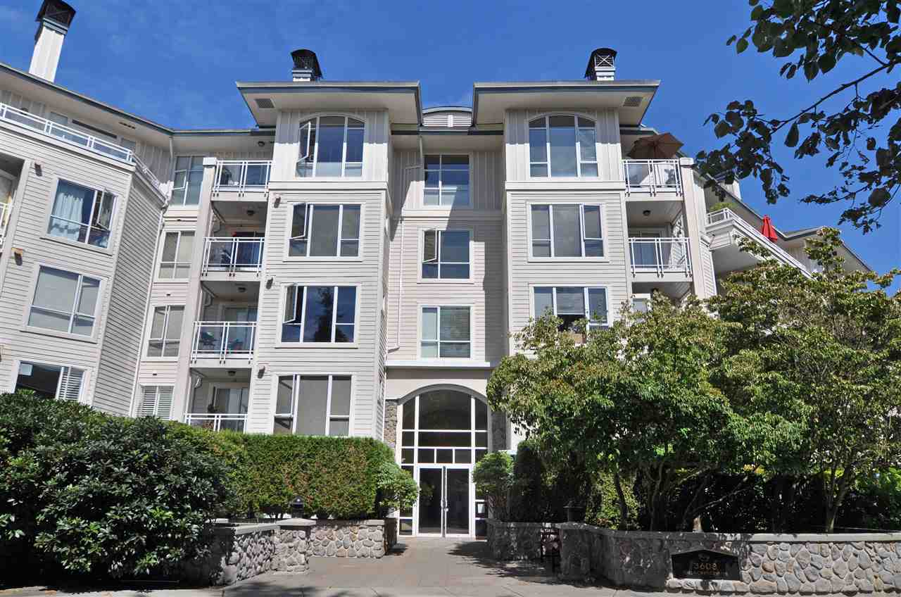 Vacation style living at Deerfield by the Sea steps from Cates Park, beaches and world class bike trails. Beautifully renovated corner unit with loads of windows and huge private patio to accomodate indoor-outdoor living. Bamboo floors, granite counters, gas fireplace, insuite laundry, 2 beds, 2 full baths, 286 sq ft above ground patio and grass area. There is an adjoining gym and clubhouse plus storage and parking. Well maintained building. Tenanted so make an appointment to view. Showings Monday-Thursday after 2 PM excluding holidays. Sneak peak Thursday Sept 6, 6-7 PM