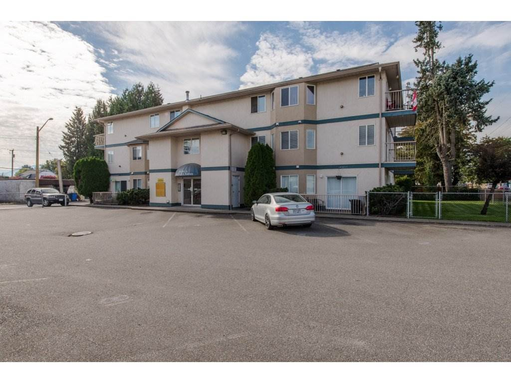 Great Chilliwack investment opportunity in a well managed building! This unit features 2 bedrooms, 1 bathroom, in-suite laundry, a gas fireplace, and a good size balcony. This rentable apartment is centrally located in downtown Chilliwack, within walking distance to shopping, restaurants, grocery stores, schools, and public transport.