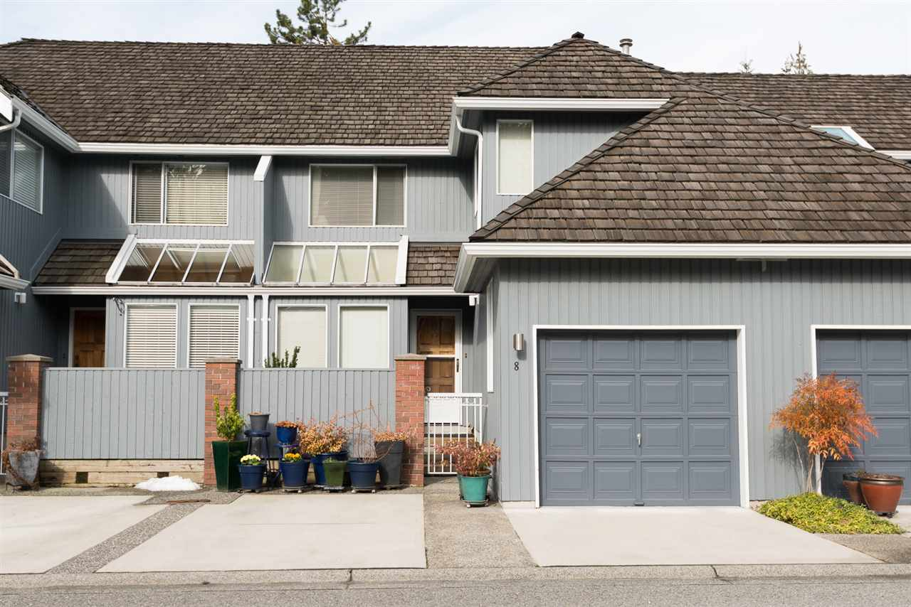 Beautiful renovated townhome in sought after Windermere. Bright and with private garden, Close to golf course and Parkgate Shopping Centre. pets welcome.
