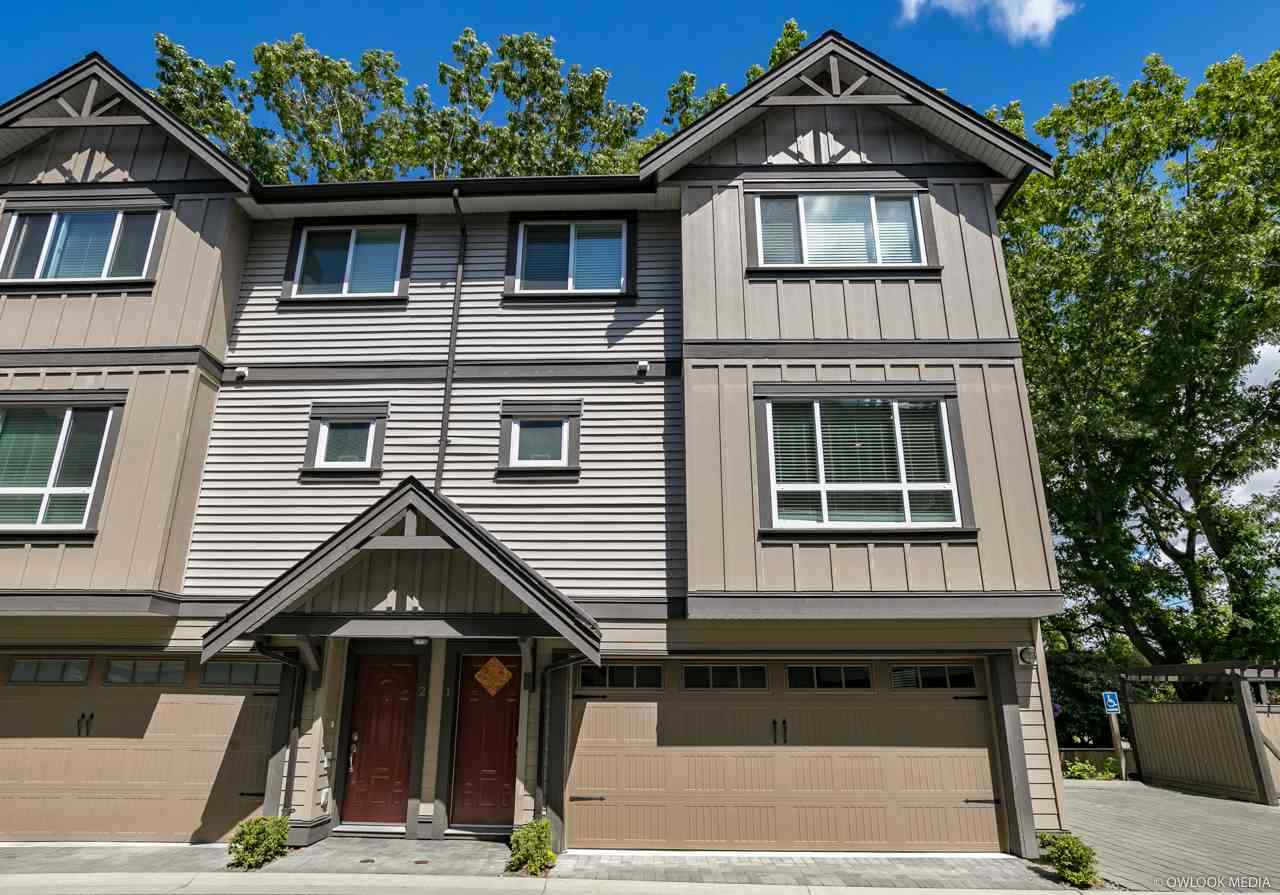 Beatuful townhouse built by Sian Dev & Cont Ltd. 3 level with 3 bdrms & 2.5 bathrooms, 2 car double garage, convenient and desirable location. Close to schools, community centre, bus stop, Ironwood Mall. Standard features include: stainless appliances package, complete DCS Security System, R-I vacuum, granite counter tops, Internet, elegant light fittings, expensive crown moulding and baseboard, laminate flooring, open floor plan.  Open House,DEC 8&9 Sat&Sun, 2-4PM