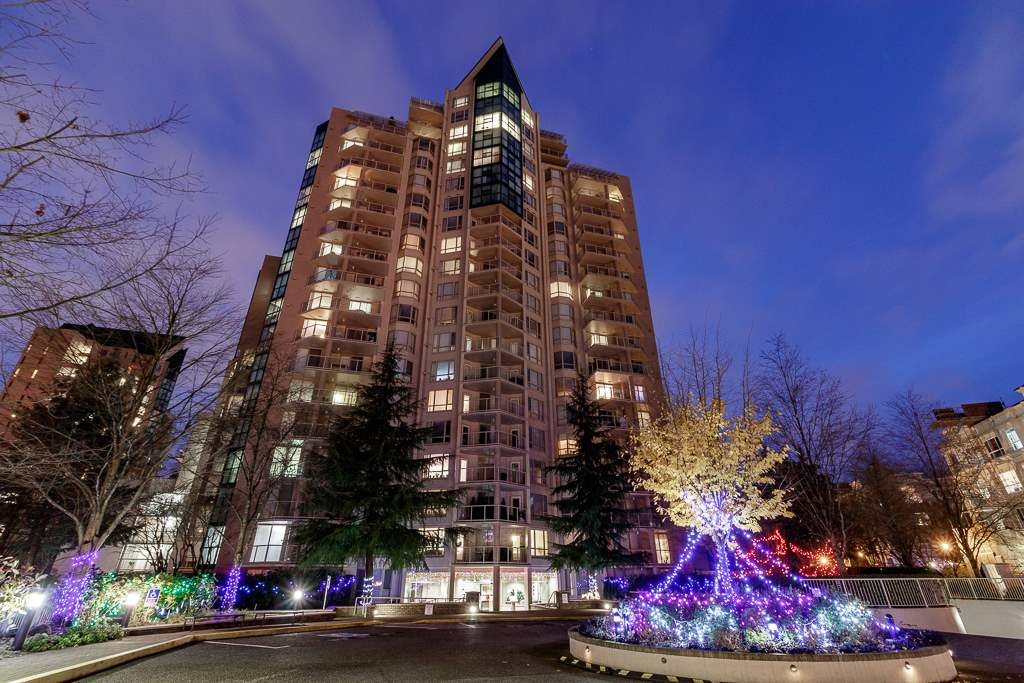 Walk inside this corner unit & immediately experience the wow factor - a wall of windows capturing the gardens, fountain, lake and mountain views!  This season you can enjoy the ultimate Christmas light display at Lafarge Lake from your own huge covered private deck. Such a fine walkable loc, just minutes from SkyTrain, schools, Douglas College, recreation, seniors centre & every type of shopping (both high street & mall).  Spacious floorplan where downsizers will be able use their favourite furniture - family dinners will be accommodated in the dining area & the big, bright, updated open kitchen has new counters, SS appliances & full on view. Tub & shower ensuite & great closet space in master. All in suite plumbing is braided SS (to prevent sudden leaks)& a real bonus is the large storage & laundry with newer front-loading machines. Comes with 2 parking spots & storage locker.  You can be confident buying in ?The Hudson?-well maintained, managed & Bosa built.