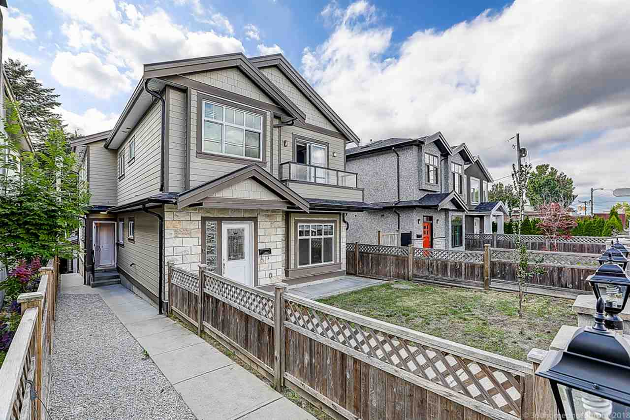 Rear unit duplex near Victoria drive and Kingsway. 2 bedrooms up and 2 bedrooms down. The basement can be a mortgage helper. 4 year old. Laminate flooring, new paint, marble countertops cherry kitchen cabinet. Gladstone high school 2 blocks away. Great location.