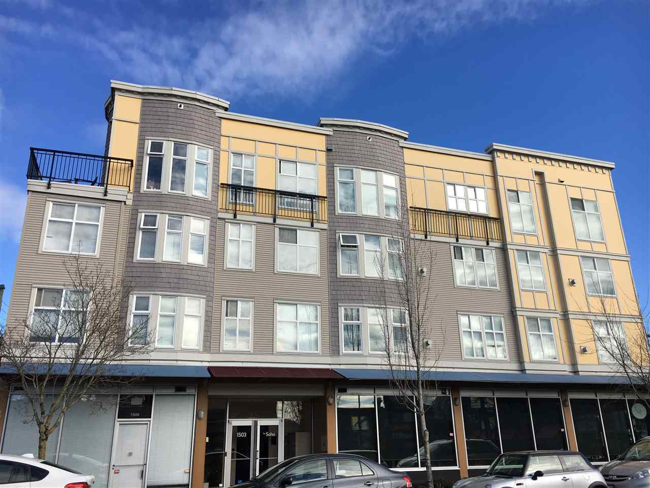 Convenient westside living: Close to shopping and dining, easy access to Downtown and Richmond. This unit is south facing, very functional layout, den is big enough to be a second bedroom with windows.