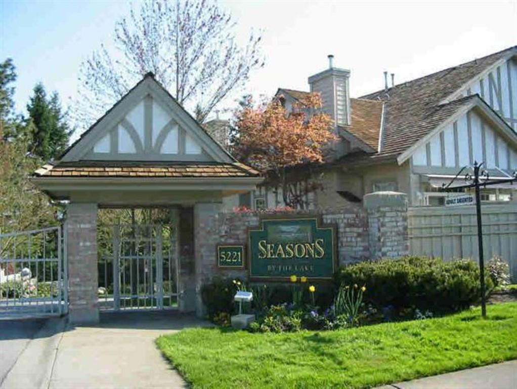 'Seasons by the lake' in private gated community. Around 4,000 sq ft, 3 level townhouse, View to North Shore mountain & decor Lake Park. Large living room, dining room, gas fireplace with vaulted high ceiling, kitchen, family room nook & deck, large master bdrm & walk-in closet. Lower level with 2 bdrm, 1 bathroom, bsmt with hot tub, sauna, workshop. 2 car attached garage. Adult oriented complex. Age 19+, rental not allowed. 2 pets. 19+ years old