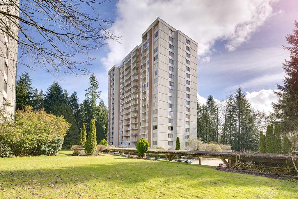 Welcome to the Whytcliff building located at the Woodcroft Residences, one of the safest, private and gated neighbourhood complexes in Greater Vancouver! Situated next to the famous Capilano River. This unit has been impeccably renovated, corner suit with NorthEast exposure.The common grounds are filled with lush and beautifully landscaped garden areas and maintained by a full time gardening staff. Woodcroft has onsite 24/7 security staff and each tower has a resident manager who works in conjunction with the onsite property management staff. There are also 3 separate recreation facilities including swimming pool, hot tub, exercise room, Table Tennis, Billiard room and workshop each shared by 2 buildings. Come see for yourself! Open House This Sunday March 24th 2-4 Pm