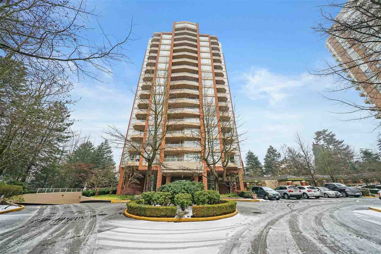 Location, location, location! So conveniently located right across the street from BC's largest shopping centre, Metropolis at Metrotown, everything that you need is a short walking distance away. Along Kingsway you will find different authentic restaurants to cater to any kinds of cravings. Very close to transit, skytrain station and school. This bright and spacious SW corner unit offers 770 sf living space with south facing master bedroom. DEN with windows could be used as a 2nd BEDROOM. Gas F/P warms up the living room in the winter. Well maintained building with super low maintenance fee has a lounge w/pool, ping-pong room and a gym. All this is waiting for you to move-in and enjoy. OPEN SATURDAY, march 16, 1-3PM.