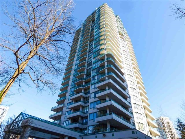 Hard to find 26th fl sub penthouse with unbelievable views, 2 bdrms, 2 baths, 2 balconies, 2 parkings, across the park and Skytrain station all next to Metrotown shopping centre with indoor pool and rec centre & outdoor tennis court. This building is in great condition,plumbing,elevator redone,freshly painted and envelope done.