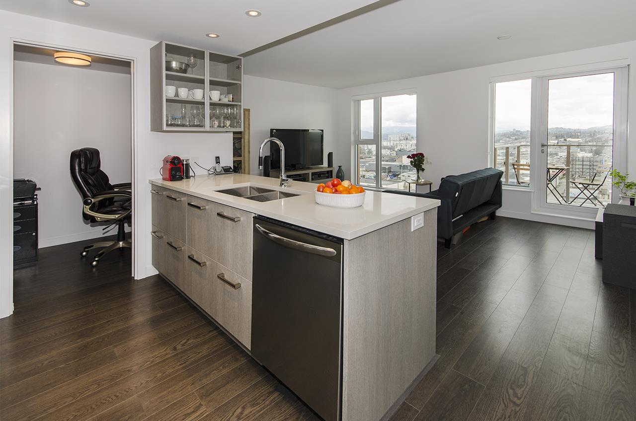 Fantastic views of the city and North Shore mountains opens from this East facing contemporary unit in newly built Strathcona Vilage. Open concept kitchen featuring quartz counter tops, stainless steel appliances and laminated floor. Enjoy fully equipped gym, lounge room and rooftop decks on the eighth floor with spectacular views. Convenient location! Close to public transportation, shopping, restaurants, parks and city center.  Open House Sat, June 29th, 2-4