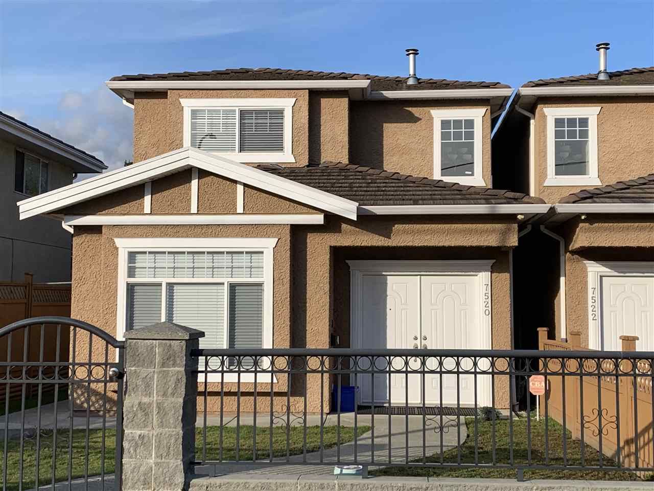 one owner home, like new in and out. real hard wood staircase , radiant floor heating and granite flooring in kitchen and bathroom, all granite counter tops in all bathrooms, jacuzzi bath tub, detached garage with back lane access. independent one bedroom suite downstairs.