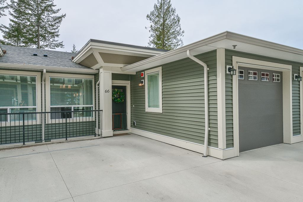 Fantastic view of the Valley. Very private with big sundeck 16x8 off the living room. Functional plan, fenced flat backyard, high quality appliances are just some features of this home.