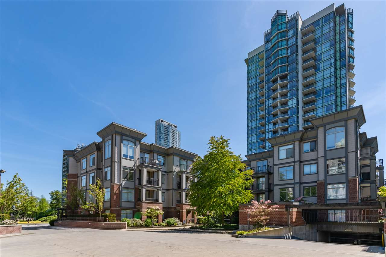 GREAT LOCATION! Bright 2 bedroom and 1 bathroom spacious condo with beautiful kitchen! This cozy unit features modern granite counter tops, black appliances and an amazing breakfast bar. Open concept with 9' ceilings, laminate wood flooring throughout and in-suite laundry. Private patio faces well groomed courtyard. Building amenities include recreation room with ping pong table, pool table, fully equipped gym and a large kitchen. Underground parking and 1 storage locker included. This centrally located complex is within walking distance to Central City Mall, Surrey SFU Campus, Skytrain, Recreation Centre, Library, Restaurants and Pubs. Rentals are allowed so this unit is perfect for investors or first time buyers or move in yourself and enjoy!