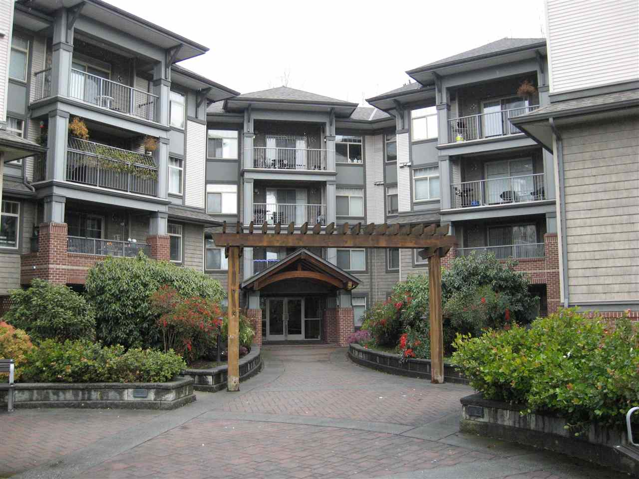 Looking in Pitt Meadows? Well consider the �??Westbrooke�?? on the Westside of Maple Ridge. Only 5min to Meadowtown Centre, Meadow Station (WCE) and 15 min to Coquitlam Centre & Skytrain. This 1172 sq ft northwest corner unit on the quiet side of the building offers a spacious floor plan with 2 bedrooms and a den which could easily be a 3rd bedroom. Beautiful bright kitchen with granite counters, breakfast bar and stainless steel appliances with built in microwave. Large laundry room with storage and nice covered balcony with northwest views. Pet friendly building with guest suite, rec room and bonus gas & hot water included in strata fees. Comes with 1 parking & storage locker. Close to transit, schools and 5 min walk to shops. Shows great and well managed building. Don�??t wait, call now to view and bring your offer!