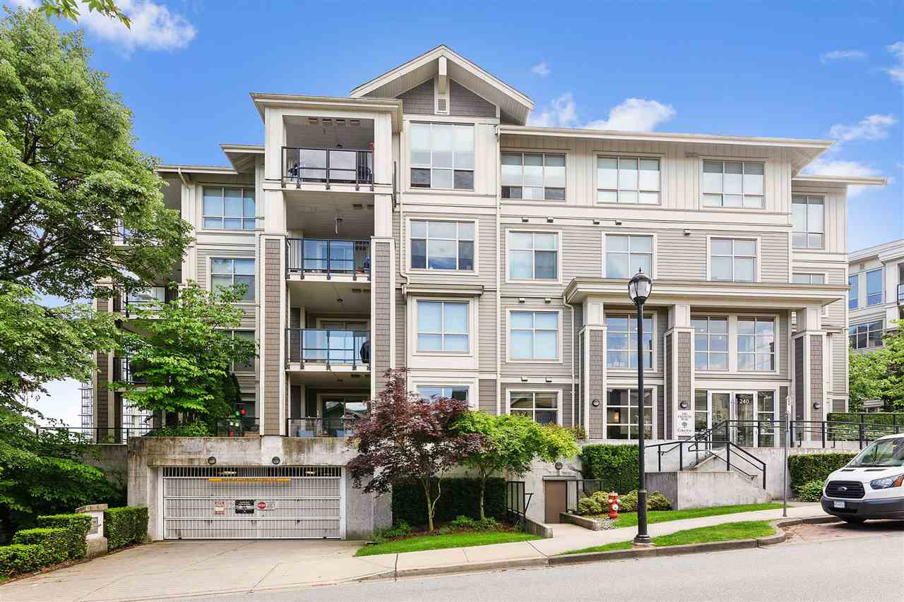 Spectacular GROUND FLOOR END UNIT!! This private (minimal wall shared with neighbour) and spacious one bedroom condo features an oversized patio perfect for entertaining, a nook big enough for another bed or office space, granite counters, modern cabinetry, fireplace, and sprawling breakfast bar.  Master planned Victoria Hill community tucked into a beautiful greenspace oasis complete w/ caf�, groceries & a TON of amenities. Hit the Boiler House to enjoy a gym, party room, library/office, basketball court & a movie theatre! 1 parking and a storage locker included. Short shuttle to Skytrain, Quay and downtown New West. PRIME location, what are you waiting for? Call today! OPEN HOUSE Sun July 7th, 2-4pm!!
