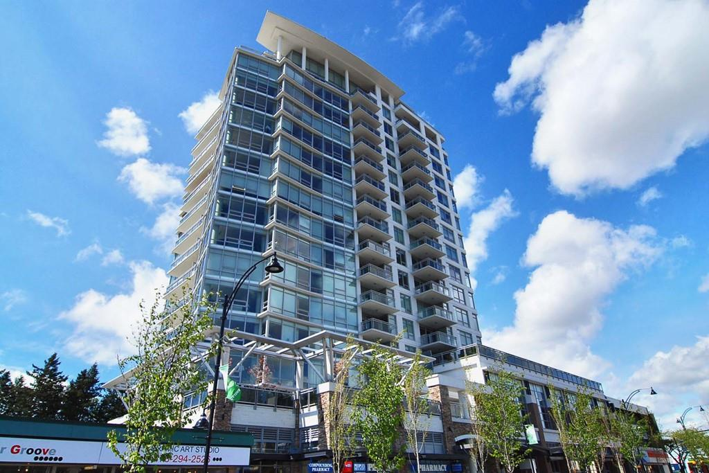 Great upper unit at the MIRAMAR Tower B, quality build by reputable BOSA Properties. Incredible OCEAN VIEW and West Facing Balcony for you to embrace the beautiful sunsets. High end appliances. 2 parking stalls and storage locker. Guest suite and bike room. Strata fees include heat, hot water & gas.