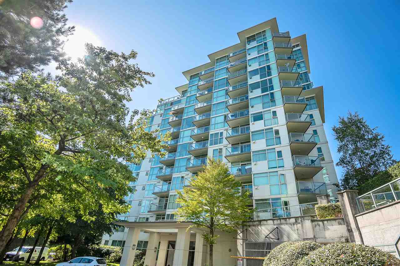 River Dance - This South East facing unit offers panoramic views of Fraser River & Mt. Baker. This extremely bright well maintained 1 bedroom unit features floor to ceiling windows and open floor plan. It comes with one parking and one locker. Building offers large amenity/recreation room along with gym, Ping Pong table and mini kitchen with party lounge. Central and convenient location - 15 minutes to Metrotown, 15 minutes to Richmond Centre and 25 minutes to downtown Vancouver. Steps to Riverfront Park, bus stop. Close to Fraserview Golf Course. Easy to show. Open house from 2-4 pm on Sep. 21 & 22 (Sat. & Sun.)