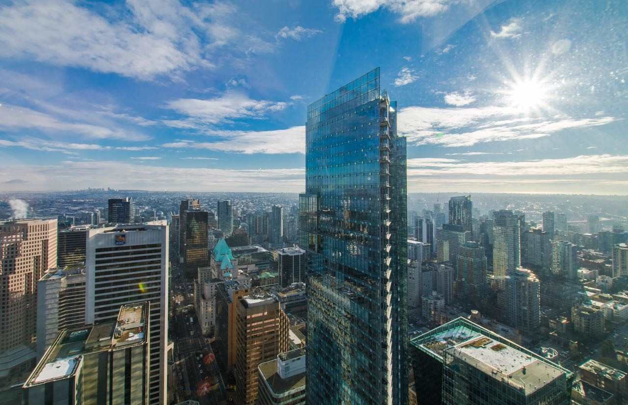 Located on the 63th floor of Trump Tower, the newest built high-rise in Vancouver. Hotels located from 1st to 22 floor with 147 rooms below residences(22-68). Residensices have all access to hotel amenities including spa by Ivanka Trump, Drai's club and hotel bar, Mott 32 fine Chinese dining, and 24 hour concierge/car service as well as gym. The East facing 1 Bed 2 Bath is 847 Sf and have 9' ceilling, which is only offered to floors 50th and up. Full unobstructed 180* view of the ocean, city, and mountains. One spacious parking(P5-#543) and one bicycle storage locker(P0-#19). Move in ready.