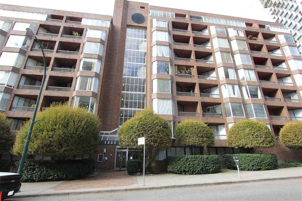 """INVESTORS ALERT!Located at Anchor Point 3 at 1333 Hornby Street, in the Prestigious """"Beach District"""" of Downtown's Seawall Community. Surrounded by New Luxury Towers.This is an Investor's Dream -Targeted as a Future Land Assembly Opportunity, Hold On, Enjoy and Prosper! This Boutique Concrete Building has new common area. Renovated bachelor w/queen-size sleeping nook. West facing w/balcony overlooking landscaped courtyard away from traffic. Upgrades incl. new kitchen w/ quartz counters & Breakfast bar, SS appliances incl MW, DW, pendant lighting, new cabs. New bathroom fixtures, cabs & tile. New laminate flooring & window blinds. Maint fee incl heat & hot water. Updated lobby & upstairs lounge. Large common sundeck. Close to Sunset Beach, Aquatic Centre, Davie Village & new Beach District."""