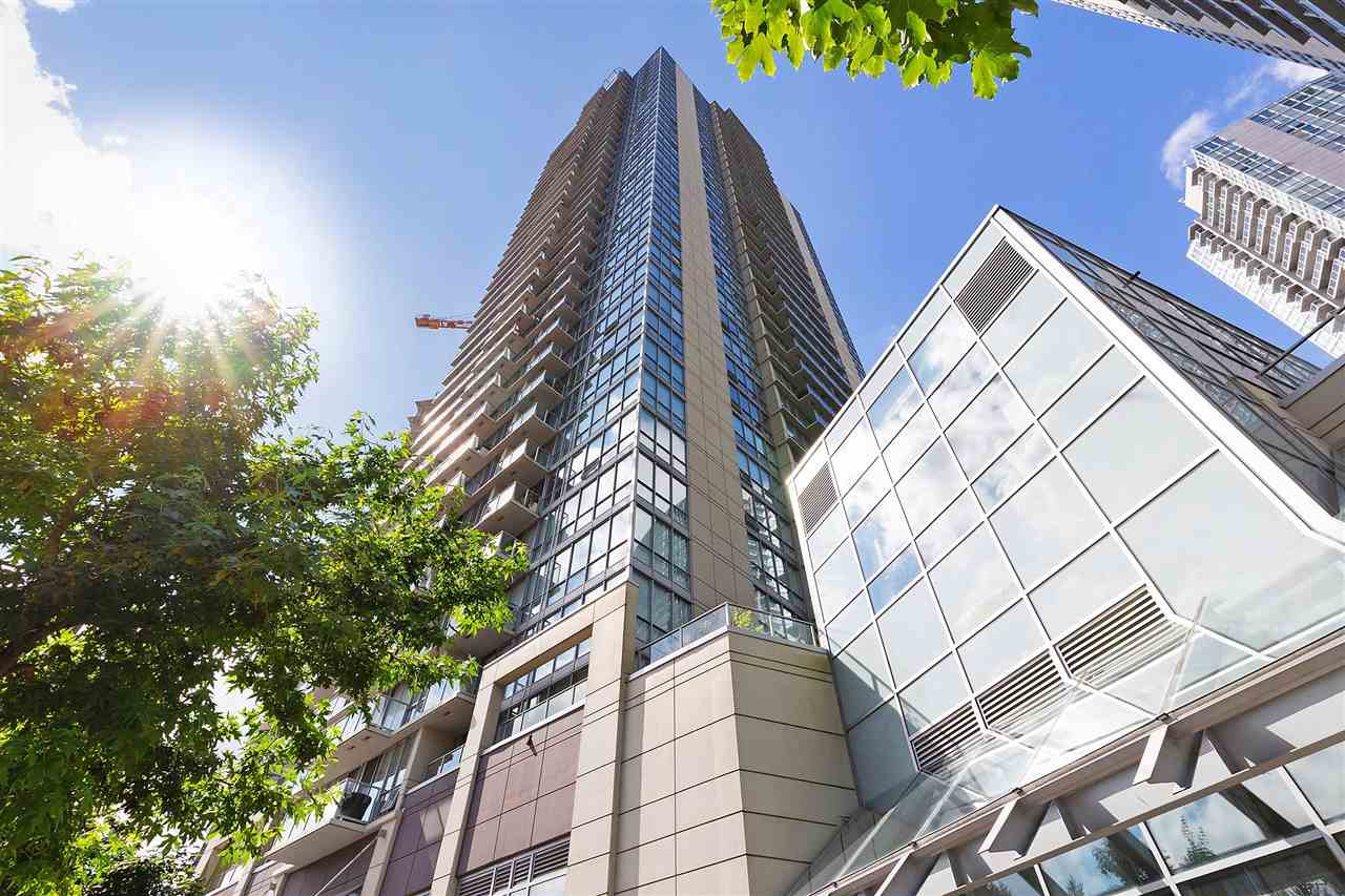 PARK PLACE II by Concord Pacific - Welcome to North Surrey's best concrete investment! Open floor plan with floor to ceiling windows offering views of the city and green space. Large galley kitchen boasts corian countertops, stainless steel appliances. porcelain tile flooring and backsplash. Spacious master bedroom and bathroom with soaker tub. In suite laundry with stacking washer/dryer. Park Place offers full service concierge and amenities: bowling lanes, theatre, fitness facility, meeting room, yoga/pilates studio, steam room, event kitchen and barbeque area. Just steps away from SkyTrain, Central City Mall and SFU. Incredible location, finishes and value. Do not miss out!